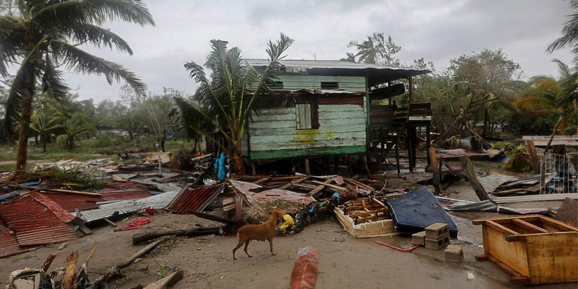 El huracán Eta se degrada a tormenta tropical