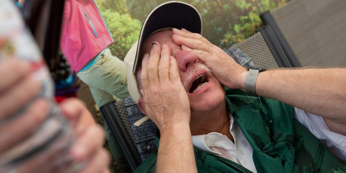 Hombre es atacado con gas pimienta