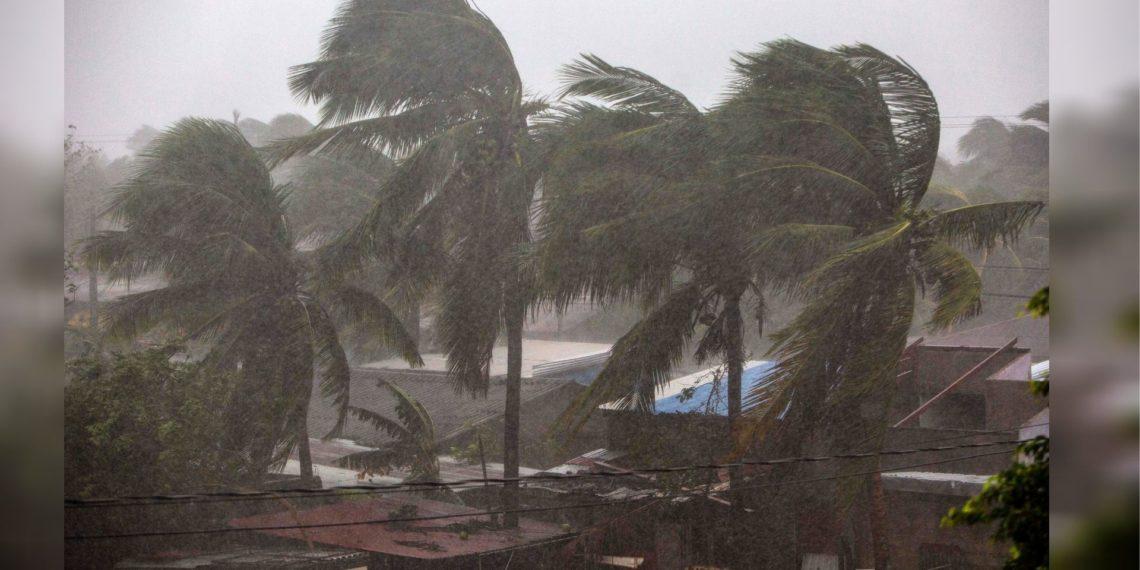 Huracán Eta impacta en costa Nicaragua