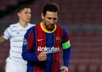 La última polémica de Messi: es criticado por no presionar a un rival