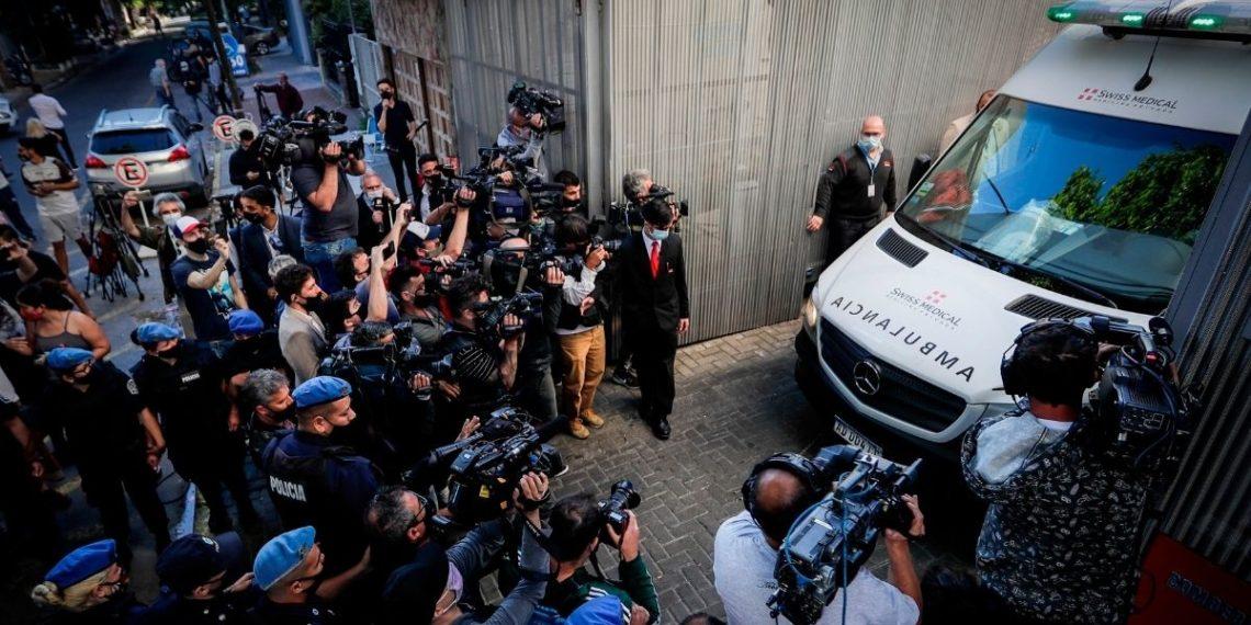 Recuperación de Maradona no se realizará en su residencia habitual