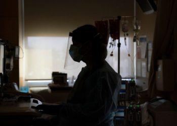 Más de 225.000 casos de COVID-19 en 24 horas, un nuevo récord en EE.UU.