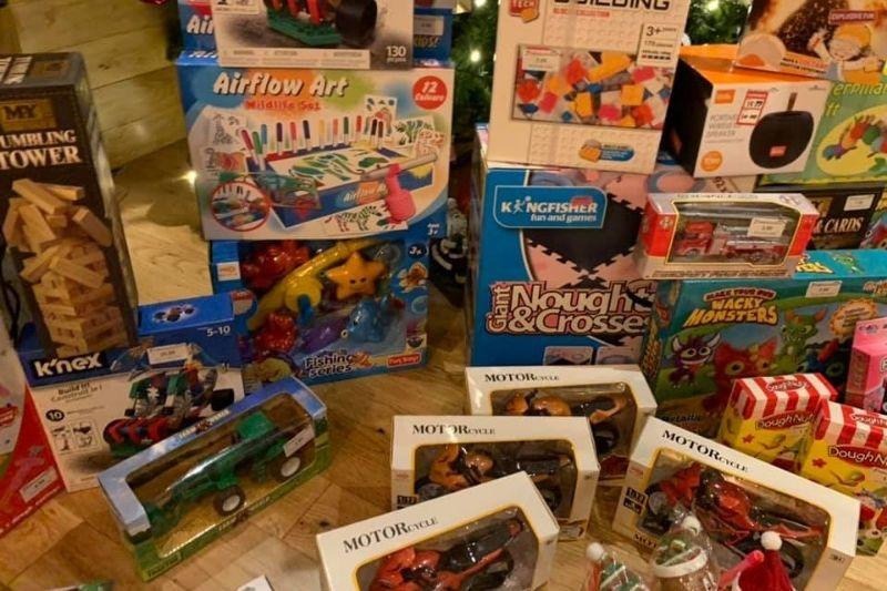 compran juguetes