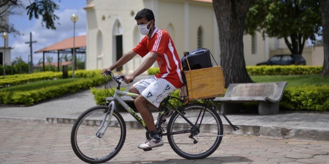 Brasil tiene a todas sus ciudades con COVID-19