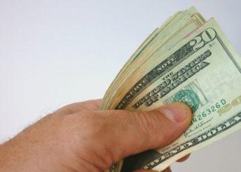 las sociedades que usan menos el dinero son más felices