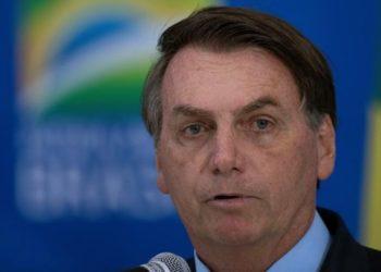 Jair Bolsonaro cuestiona las vacunas del COVID-19