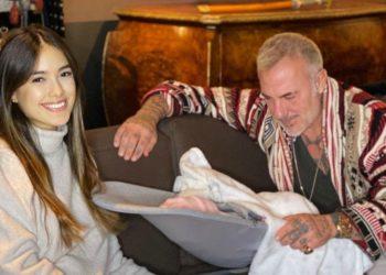 Gianluca Vacchi y su novia presentan a su hija Blu