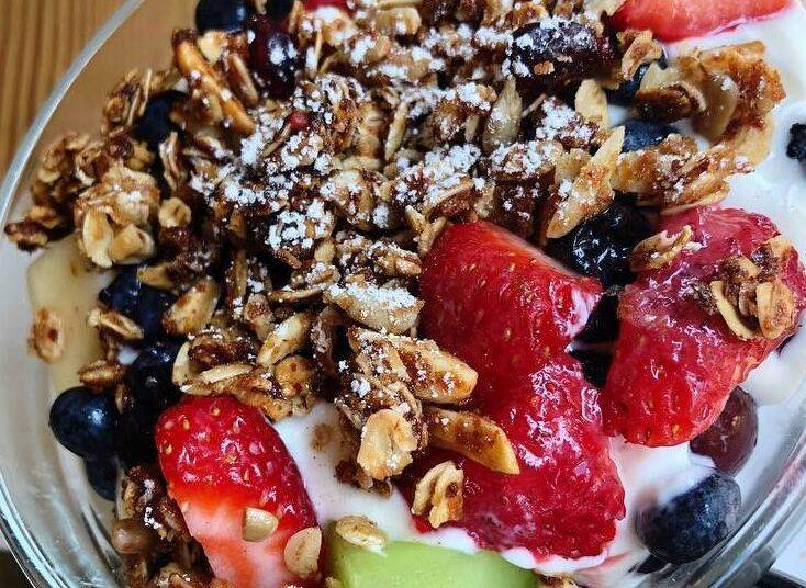 Bowl con frutos secos o granola