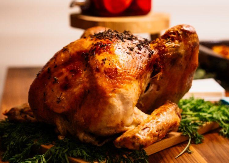Pavo o pollo navideño