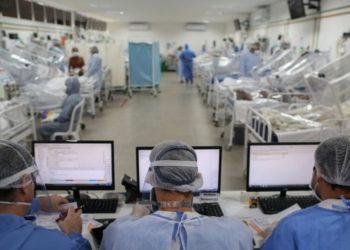 sistema sanitario de Estados Unidos enfrenta el COVID-19