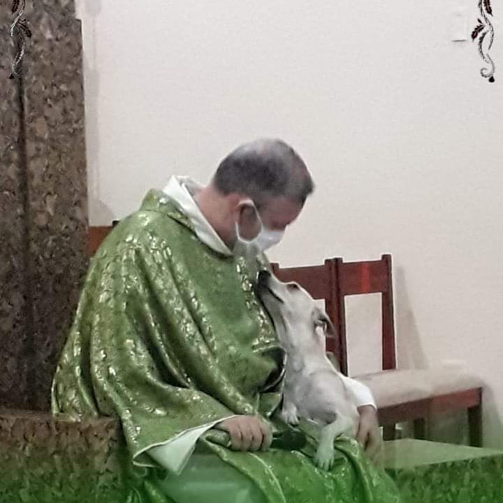 Sacerdote Joao Paulo Araujo