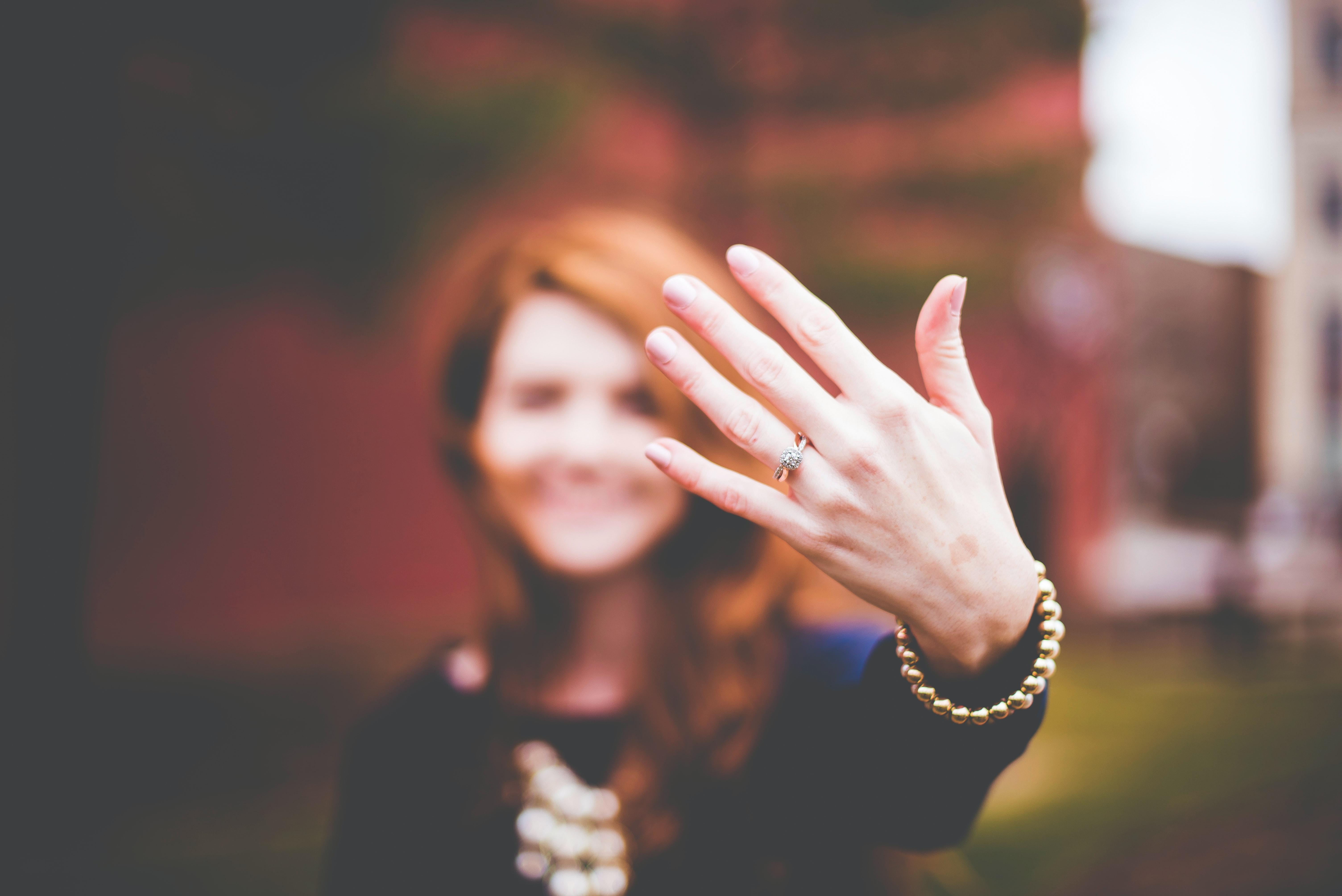 Diciembre es la época más popular para pedir matrimonio