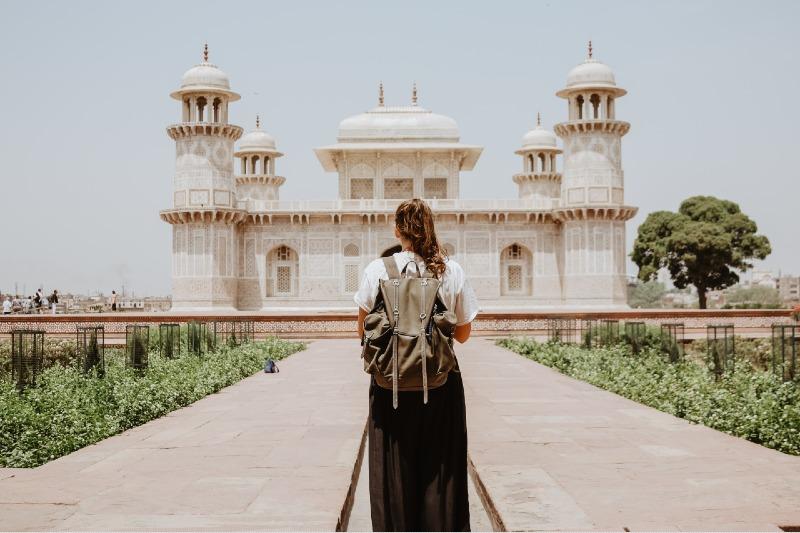 Mujeres que viajan solas
