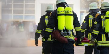 bomberos rescatan mascotas