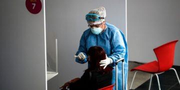 Argentina detecta primer caso de la nueva cepa de coronavirus