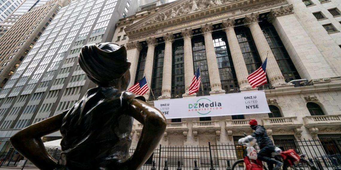 Jóvenes inversores de GameStop pusieron a temblar a Wall Street