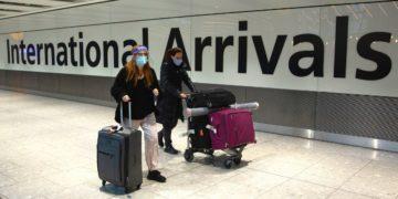 El mundo cierra sus fronteras e impone restricciones por la incidencia de la pandemia