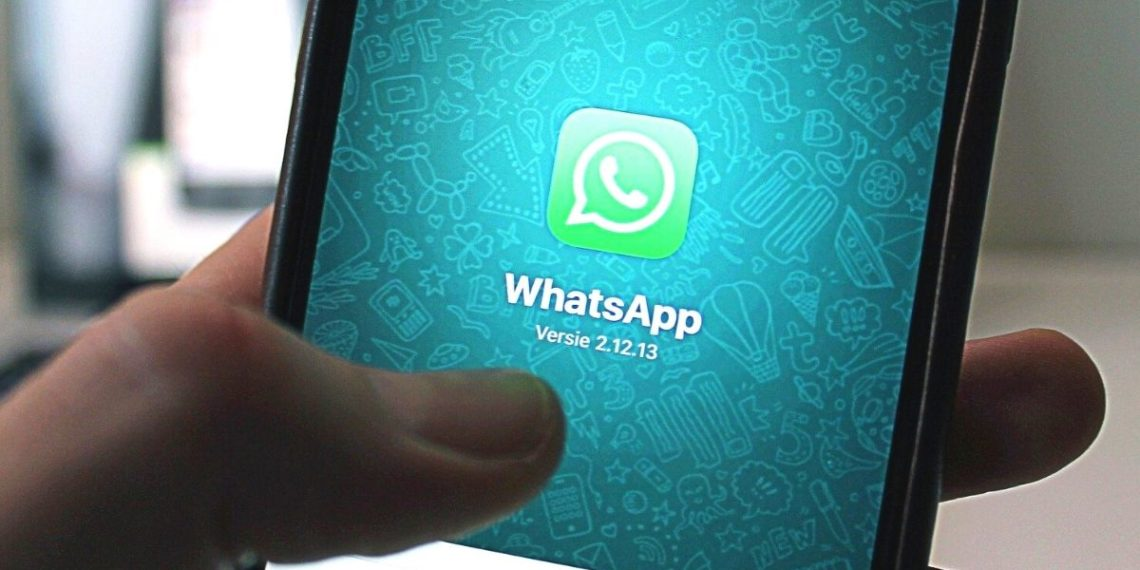 la aplicación Whatsapp e Instagram
