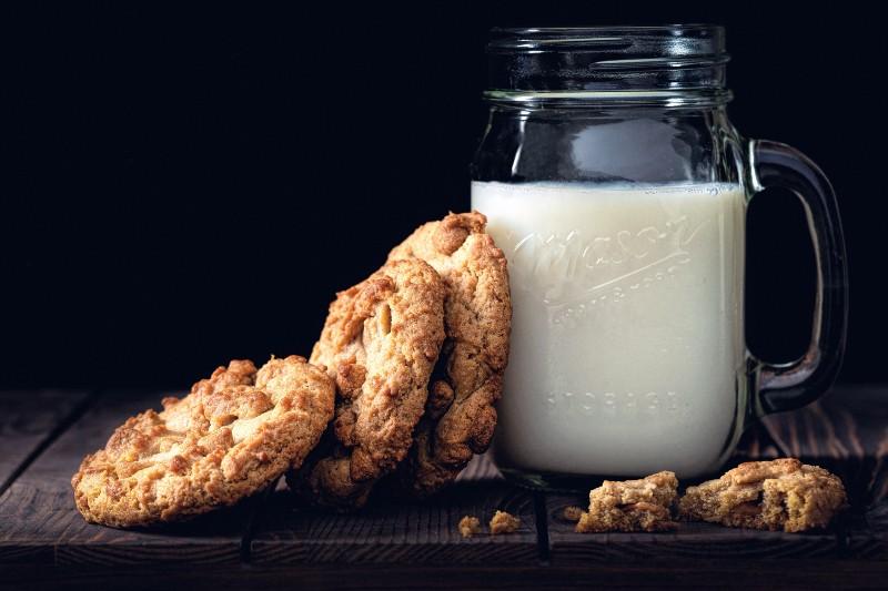 Dejar los lácteos podría mejorar tu apariencia según las famosas