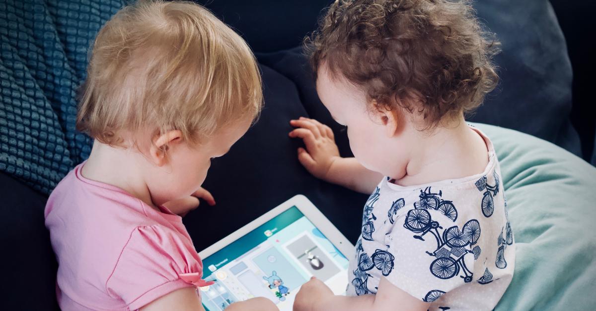 Fueron a disputar la parternidad de unos mellizos y se enteraron que los bebés tienen diferentes padres