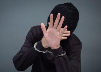 Ladrones fueron arrestados porque ellos mismos llamaron a la policía
