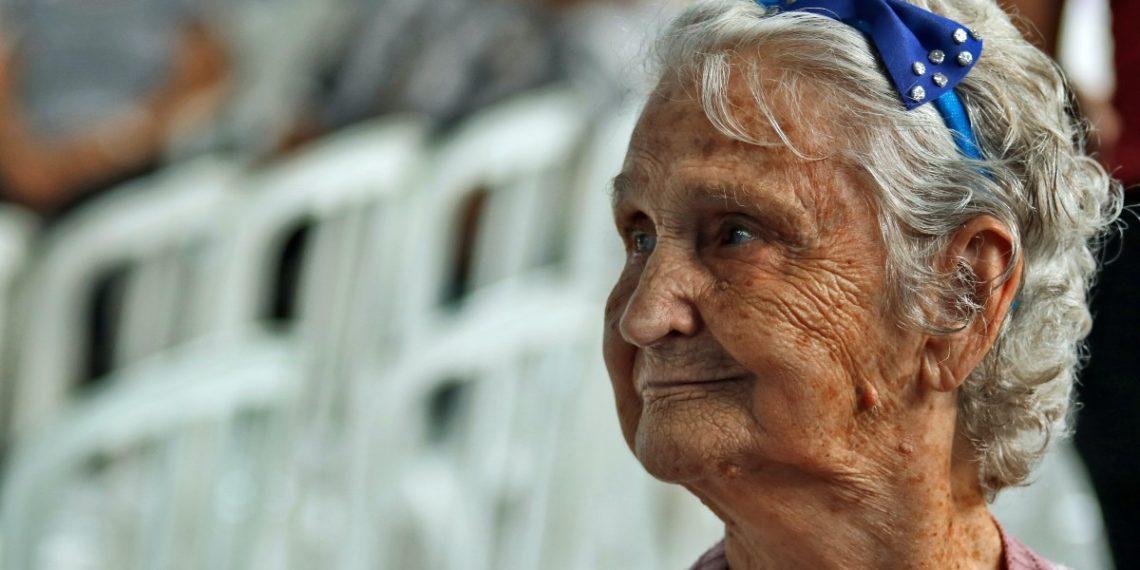 Uno de cada seis ancianos sufre de abuso en instituciones