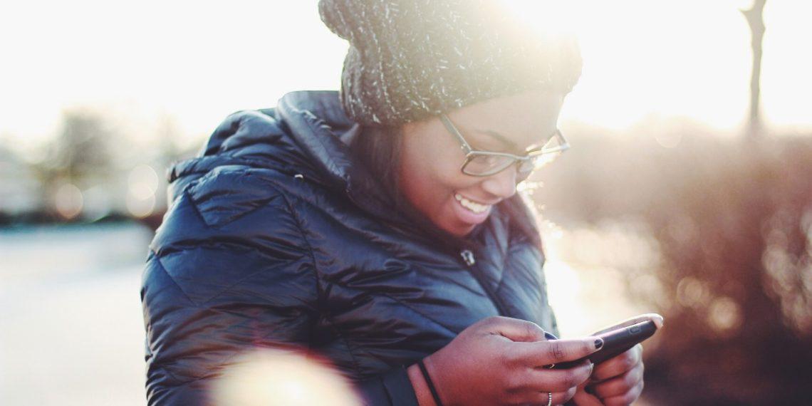 Las personas que comparten memes son más felices