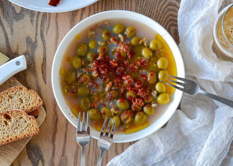Con pimentón y un toque de aceite de oliva