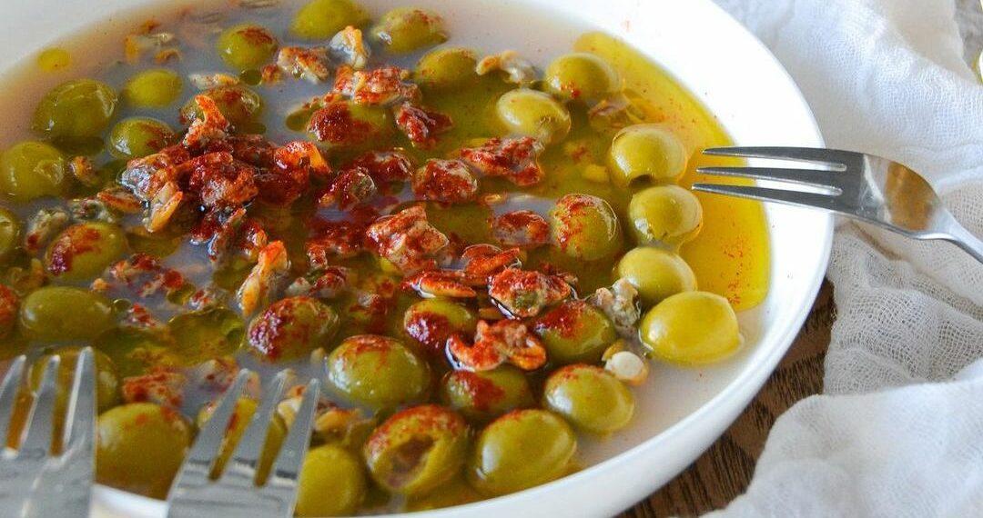 Receta de aceitunas aliñadas con pimentón