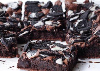 Postre fácil: receta de brownie de oreo con chocolate