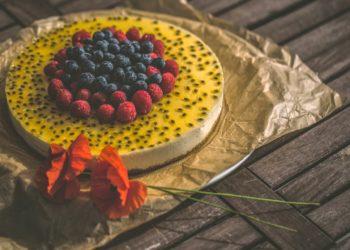 Receta de cheesecake de maracuyá, el mejor postre para la tarde
