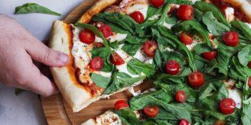 Cómo hacer la receta de masa de pizza casera