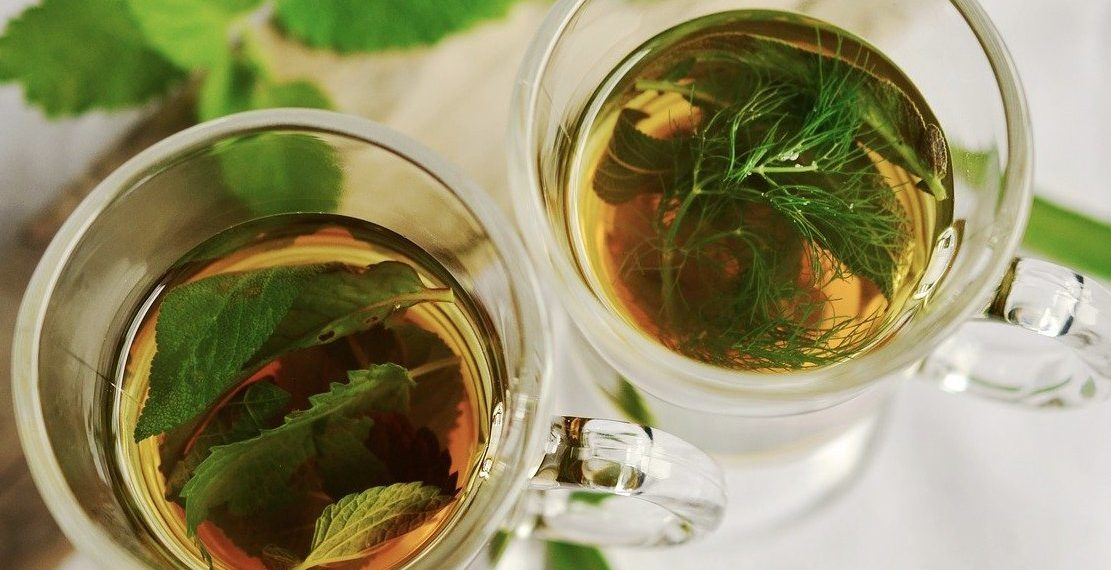 Beneficios del té de apio y jengibre