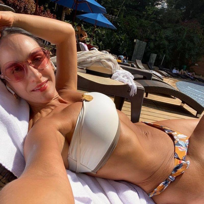 Chichila Navia abdomen