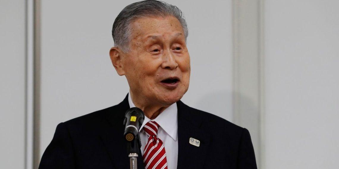 Llueven críticas a presidente de Tokio 2020 por comentarios hacia mujeres