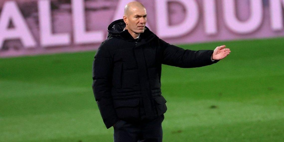 Zinedine Zidane estalla en enfado en plena rueda de prensa