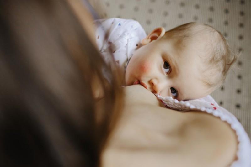 Mujer donó su exceso de 234 litros de leche materna a otras que no podían lactar