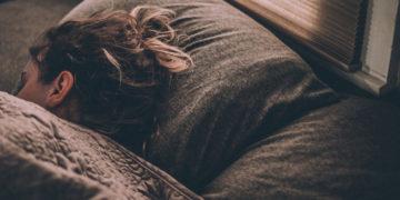 Te preguntas por qué al envejecer duermes menos esta es la respuesta