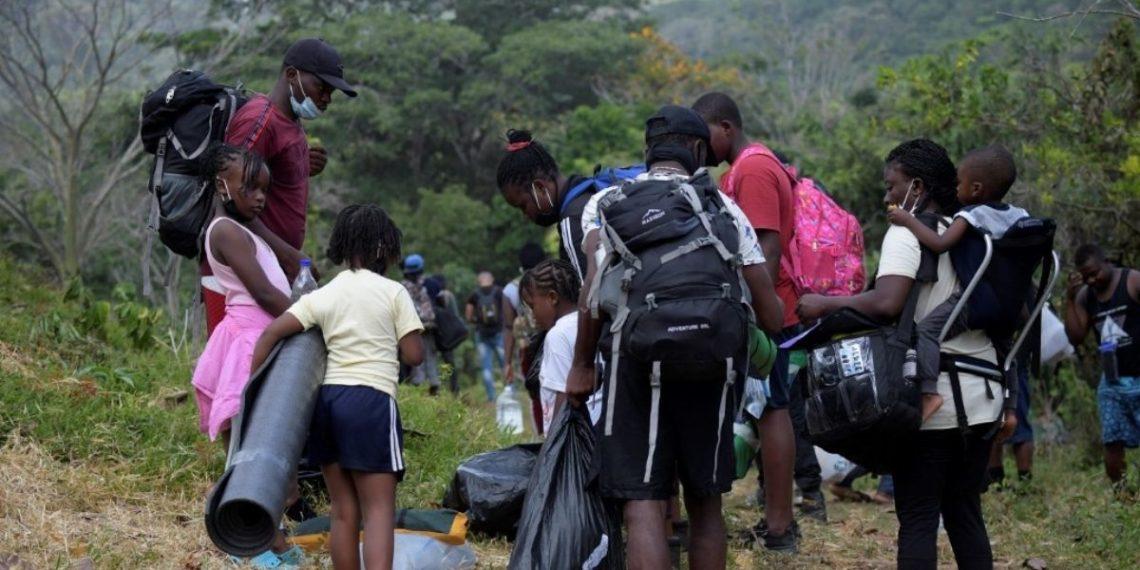 Tapón del Darién: la selva que cruzan migrantes en Colombia