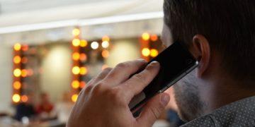 condenan a hombre por acosar a su novia por teléfono