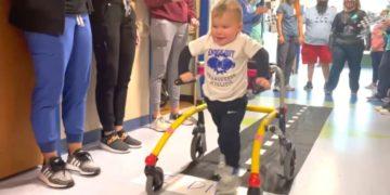 niño supera parálisis