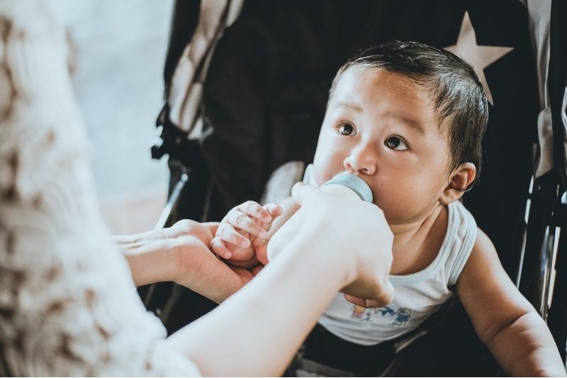 No creas en mitos: consejos para aumentar la producción de leche materna