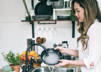 ¿Igualdad? Mexicanas hacen el 75% de las tareas domésticas, según datos oficiales