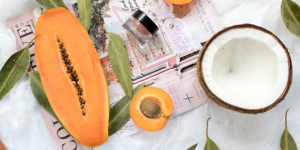 Mascarillas de papaya antienvejecimiento y anticaspa