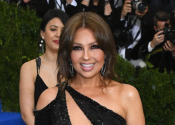 Thalía pide que dejen de criticar a las mujeres por publicar fotos provocativas