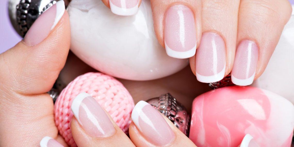 Uñas fuertes con poco esfuerzo: cómo hacer un endurecedor de uñas casero