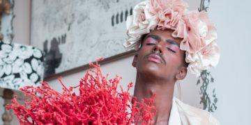 Michael Brooks: el influencer que muestra que los hombres con bigote también se pueden maquillar