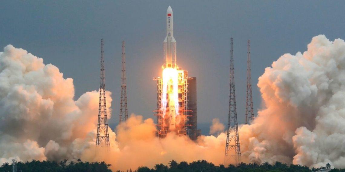 Los restos de cohete espacial de China caerá sin control a la Tierra