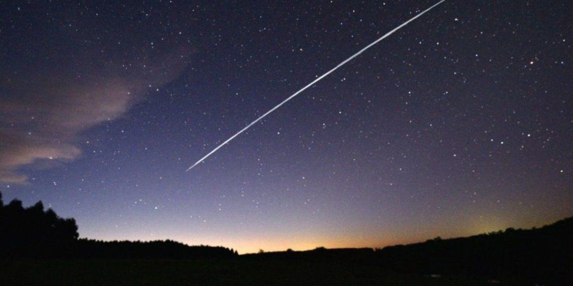ovnis y satélites starlink