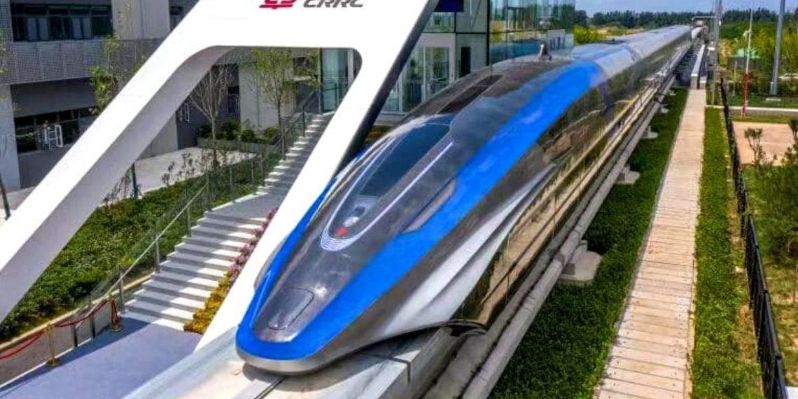 China presenta el primer tren de levitación magnética que sería el más rápido del mundo